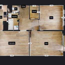 PREDANÉ: Veľmi pekný, kompletne a kvalitne zrekonštruovaný 3 izb. byt – Trieda SNP(orientačné číslo 54), KOŠICE – Západ (Terasa), v kľudnom bytovom ...