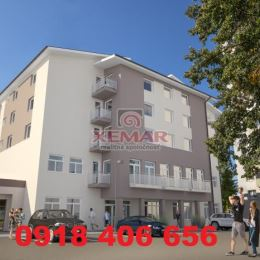 Zobraziť nehnuteľnosti makléraE-mail: ivan.kotrc@xemar.sk Telefón 1: 0918 406 656PartneriKomplexné riešenie staviebHypotekárny ...