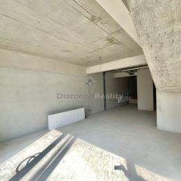 Ponúkame na prenájom obchodný priestor o rozlohe 137 m2 nachádzajúcej sa na Rázusovej ulici v Nitre. Priestor pozostáva z dvoch podlaží: spodného kde ...
