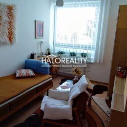 Ponúkame na predaj novostavbu trojizbového bytu v nadstavbe bytového domu na ulici Wolkerova v Banskej Bystrici. Byt sa nachádza na 4. poschodí novo ...