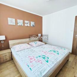 Ponúkame exkluzívne na predaj trojizbový kompletne zrekonštruovaný byt bez loggie v OV v Poprade v centre mesta. Nachádza sa na 2/5 poschodí, 68 m², ...