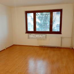 Ponúkame na 3 izbový byt v OV na prvom poschodí v Seredi s odkúpeným pozemkom pod bytovým domom. Rozloha bytu je 63 m², z toho lodzia približne 3,5 ...