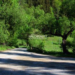 Ponúkame Vám na predaj vysporiadaný pozemok v lukratívnej časti Nízkych Tatier v Bystrej. Pozemok je v tesnej blízkosti zastavanej časti obce, ktorá ...