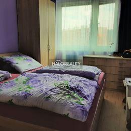Ponúkame na predaj trojizbový byt v Prievidzi na sídlisku Sever, ktorý je v osobnom vlastníctve o rozlohe 71 m², 5 poschodie zo 7, orientácia ...