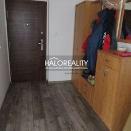 Ponúkame na predaj priestranný trojizbový byt v Hurbanovej Vsi, okres Senec. Byt vo výmere 68 m² sa nachádza v tehlovom 34-ročnom bytovom dome na ...