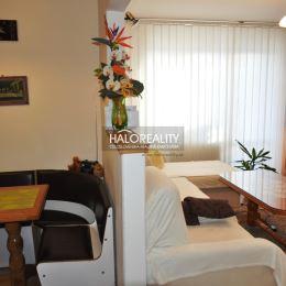 Ponúkame na predaj dvojizbový byt v Šarišských Michaľanoch, okres Sabinov, v OV, na 1/3 poschodí bez výťahu, orientovaný na Z/V . Byt je po ...