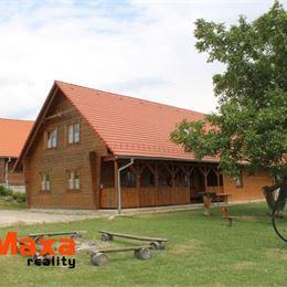 Ponúkame Vám na predaj krásny ranč v dedine Kľačno v prostredí Malej Fatry. Ranč má celkovú rozlohu 83ha. K ranču prislúchajú stajne, drevenica, ...
