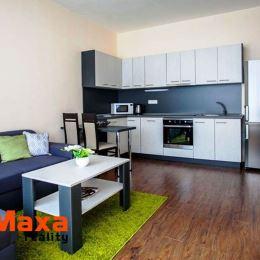 Bývajte v centre mesta Senica – 2-izbové byty za 45 600 €Na predaj zostávajú posledné BEZBARIÉROVÉ byty na PRÍZEMÍ! Projekt Nové bývanie Senica ...