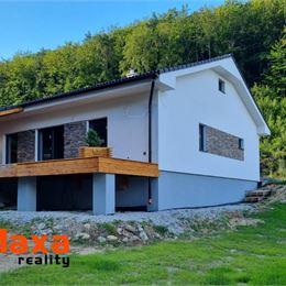 Ponúkame Vám na predaj novostavbu - bungalov v Porube, len 10 km od Prievidze. Bungalov je momentálne v príprave na výstavbu, ukočenie sa predpokladá ...