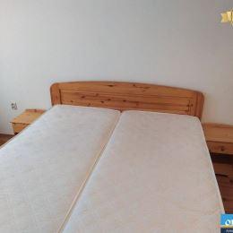 LICENCOVANÁ realitná kancelária ORIN REAL Vám ponúka na prenájom 2 izb. byt na Veltlínskej ulici v Pezinku na sídlisku Muškát. Byt je situovaný v ...