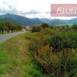 Ponúkame Vám na predaj ornú pôdu v Turanoch o celkovej rozlohe 16 888 m2. Parcely sú ohraničené z dvoch strán obecnou asfaltovou cestou, celoročne ...