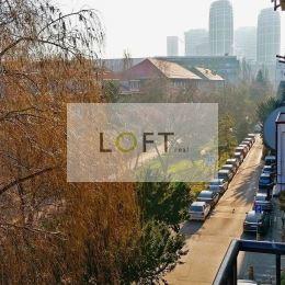 """Aktuálne súrne hľadám 2-izbový byt v lokalite """"500 bytov"""", v miestnej časti Ružinov – Nivy (Bratislava II). Preferované ulice: Budovateľská, Súťažná, ..."""