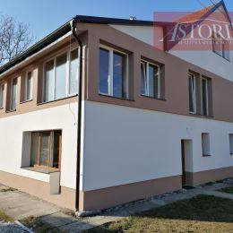 Pre firmy ponúkame ubytovanie pre robotníkov v rodinnom dome vo Vrútkach.Dom prešiel rekonštrukciou. Celková kapacita 20 postelí:Izba č. 1 – 4 ...