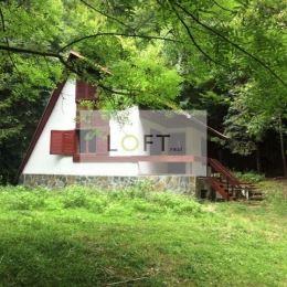 Ponúkame Vám na predaj rekreačnú chatu v obci Limbach. Situovanú v krásnom prostredí lesa Limbašskej doliny. Murovaná chata je 2-podlažná, čiastočne ...