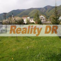 Ponúkam na predaj pozemok o výmere 1076 m2 v priemyselnej zóne Vrútky, v zastavanej oblasti. Pozemok je oplotený. Povrch terénu je rovinatý. Prístup ...