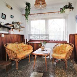 Ponúkame na predaj jedinečný pozemok so starším domom v Nitre, v zástavbe rodinných domov pod Dielami. Rozsiahly pozemok je rovinatý až mierne ...