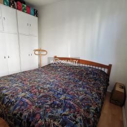 Ponúkame na predaj celoročne slnečný štvorizbový byt vo Zvolene na sídlisku západ s rozlohou 73m². Byt sa nachádza na druhom poschodí v kľudnej ...