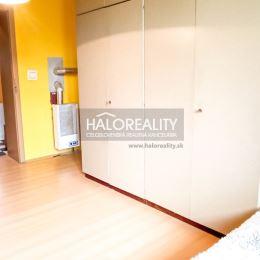 Exkluzívne ponúkame na predaj veľký trojizbový byt v osobnom vlastníctve, vo vynikajúcej časti mesta Sereď.Link na 3D VIRTUALNU OBHLIADKU:Link na ...