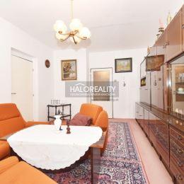 Ponúkame Vám na predaj slnečný, trojizbový byt v Topoľčanoch na sídlisku Centrum. Byt má rozlohu 63m² a nachádza sa na štvrtom poschodí ...