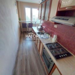 Ponúkame na predaj priestranný 2,5 izbový byt s celkovou plochou 63m². Byt sa nachádza na 6. poschodí zatepleného panelového bytového domu. Byt ...