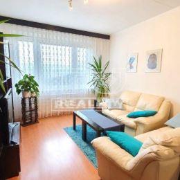 Trojizbový byt, 68 m2, lodžia, čiast. rekonštrukcia...