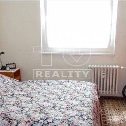 Na predaj čiastočne prerobený 2 izbový byt vo vyhľadávanej lokalite, v starom meste na 3 poschodí vo výmere 62 m2 so loggiou. Byt prešiel čiastočnou ...