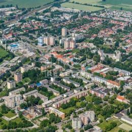 Hľadám pre konkrétneho klienta rodinný dom v meste Šaľa alebo Šaľa-Veča, v prípade že predávate dom kontaktujte ma na 0902 208 854 alebo ...
