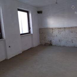 Na predaj veľký poschodový podpivničený rodinný dom v obci Hrnčiarovce nad Parnou. 2 km od Trnavy, jedná sa o mestskú časť Trnavy. Dom sa nachádza v ...