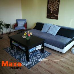 Ponúkame Vám na predaj slnečný teplý dvojizbový byt v BREZNE. Nachádza sa na sídlisku západ, ktoré je obľúbené pre svoju polohu - v blízkosti ...