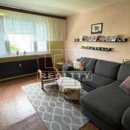 Rezervované. TUreality exkluzívne ponúka na predaj 2-izbový byt o výmere 49 m2 s balkónom nachádzajúci sa na 7/7 poschodí v tichej lokalite. ...
