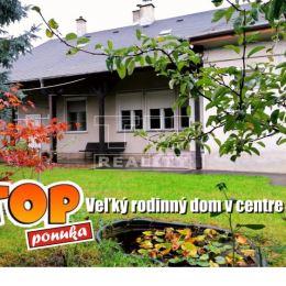 Na predaj rodinný dom aj s ďalšími priľahlými objektami na obrovskom pozemku v tichej lokalite v priamom centre mesta Šahy. Dom sa nachádza v strede ...