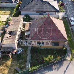 TUreality exkluzívne ponúka na predaj 2-izbový rodinný dom s úžitkovou plochou 120 m2 v pôvodnom stave nachádzajúci sa na pozemku s rozlohou 455m2. ...