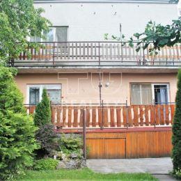 Na predaj viac generačný dom v Patizánskom. Dispozične je rozdelený na dva 4 izbové byty so samostatnými vstupmi. Na prízemí sú 4 izby, kuchyňa, dve ...