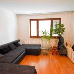 Na predaj slnečný 3-izbový byt v Partizánskom na ul. Horskej o ploche 62 m2 na 4/7, poschodového bytového domu. V bytovom dome je naplánovaná ...
