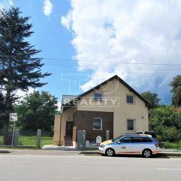 Tureality ponúka na predaj 5 izbový, rodinný dom po práve ukončenej kompletnej rekonštrukcii, v obci Ličartovce, na pozemku s rozlohou 596 m2. Dom je ...