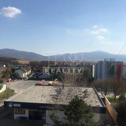 Na predaj priestranný, slnečný 4-izbový byt s balkónom, 77 m2 na sídlisku JUH v Trenčíne. Byt sa nachádza na 4/7 poschodí v zrekonštruovanom bytovom ...