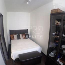 TU reality MALACKY ponúka: Na predaj príjemný 3.izb.TEHLOVÝ byt s loggiou,v čiastočne zrekonštruovanom stave, v Malackách, na ulici Partizánska v ...