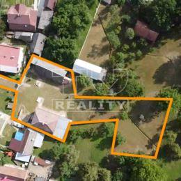 TUreality vám výhradne ponúka priestrannú chalupu v obci Dohňany časť Mostište. Dom je na mierne svahovitom pozemku s prístupom od hlavnej cesty. Je ...