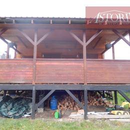 ASTORIA Vám exkluzívne ponúka na predaj chatku v Martine nad Záturčím. Zastavaná plocha 62 m2, plocha pozemku 400 m2. Nehnuteľnosť je postavená z ...