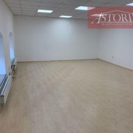 Ponúkame Vám na prenájom nebytový priestor v centre Martina na pešej zóne, po rekonštrukcii, na 1. poschodí, v zateplenej budove o výmere 45 m2, ...