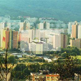 pre klienta 1- izbový byt v Dúbravke, BA IV podmienka balkón alebo loggia, môže byť aj pôvodný stavZABEZPEČÍME PREDAJ ZA NAJVYŠŠIU CENU - BEZPEČNE, ...