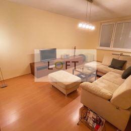 Exkluzívne ponúkame na predaj slnečný 2-izbový byt na Štefunkovej – Ružinov-Pošeň (Bratislava II), v príjemnej štvrti s množstvom zelene a priestoru. ...
