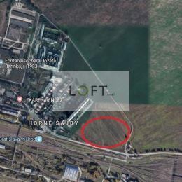 Ponúkame Vám na predaj pozemok v Bratislave III. , kat. územie Rača.Výmera 5920 m2 / šírka 29 m / , druh pozemku orná pôda, extravilán. IS v ...