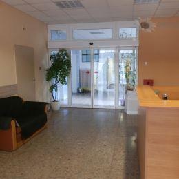 V administratívnej budove na Pluhovej ulici vo vyhľadávanej lokalite BA - Nové Mesto pri OC VIVO prenajmeme kancelárie v rôznych výmerách. Objekt je ...