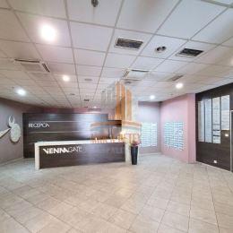 MRK-RETEX, s.r.o. – realitná kancelária pôsobiaca na realitnom trhu od roku 1999Vám ponúka na predaj 4 izbový byt - apartmán vo Vienna Gate na ulici ...