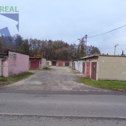 Realitný maklér Fazika MiroslavMiroslav a BV REAL realitná kancelária ponúka na prenájom polovicu garáže s elektrikou a jamou len pre motorkára v ...