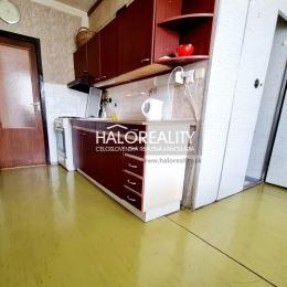 Ponúkame na predaj dvojizbový byt o rozlohe 62 m² v mestskej časti Etapa. Byt sa nachádza v zateplenom bytovom dome na prvom z troch poschodí. Byt sa ...