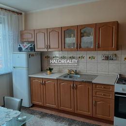 Ponúkame na prenájom jednoizbový byt v Prievidzi - Necpaly, ktorý má rozlohu 31 m² a nachádza sa na 3 poschodí z 5. Byt je po čiastočnej ...