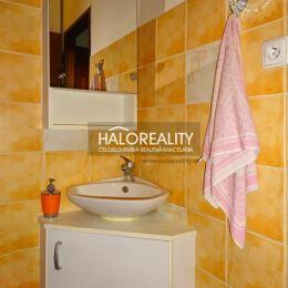 Ponúkame Vám na prenájom jednoizbový byt v okrese Bratislava II, mestská časť Bratislava - Ružinov, katastrálne územie Trnávka na ulici Slovinská. ...