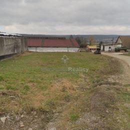 Na predaj poľnohospodársky pozemok 571 m2...